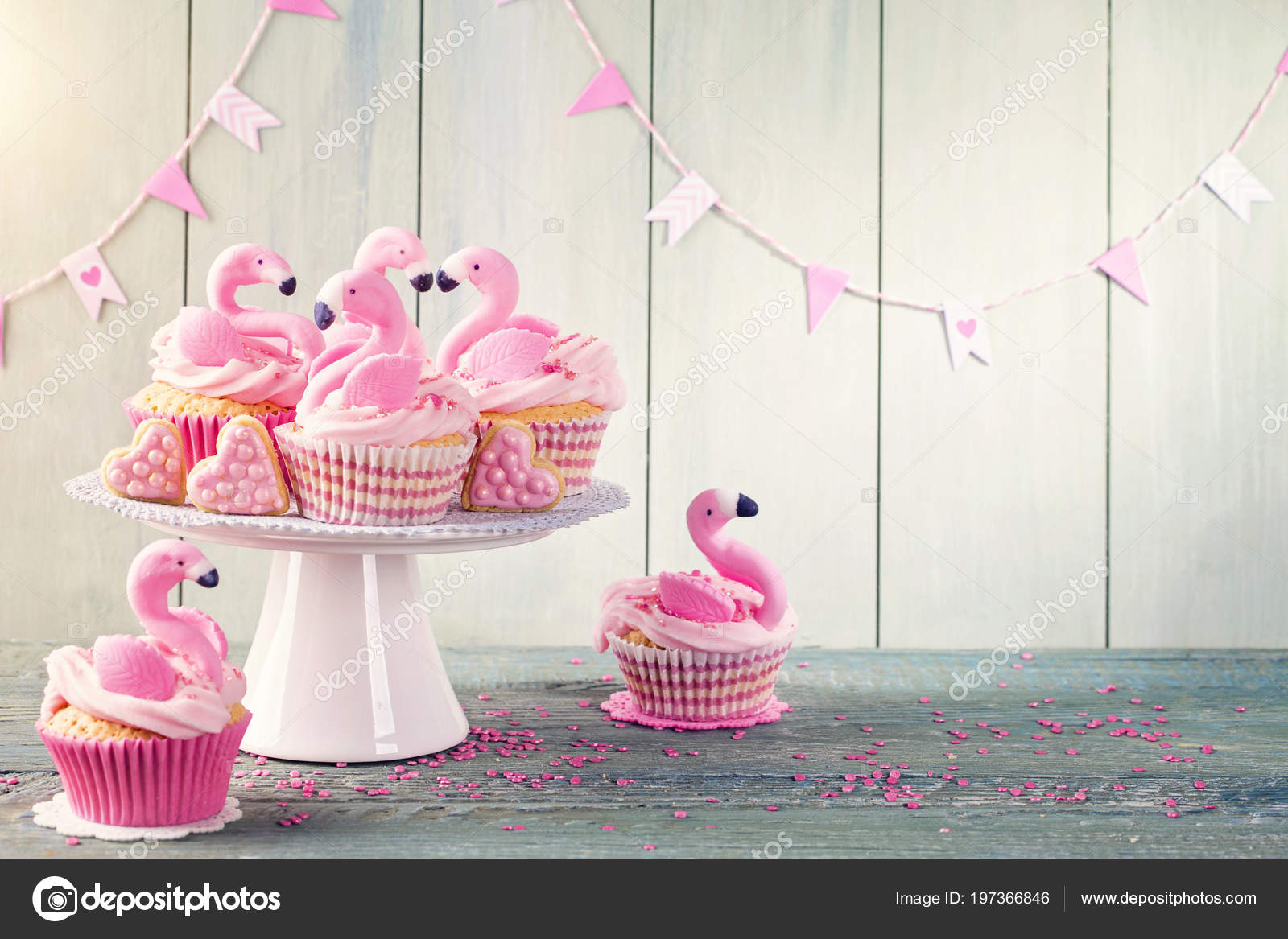 Terrific Images Flamingo Birthday Cake Flamingo Cup Cakes Party Stock Personalised Birthday Cards Bromeletsinfo
