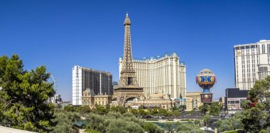 Las Vegas, Nevada / USA: The Paris hotel in Las Vegas, Nevada. The hotel includes a half scale, 541-foot (165 m) tall replica of the Eiffel Tower.