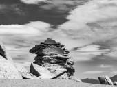 Arbol de Piedra (kamenné strom) je izolovaný skalní útvar v bolivijské pouště