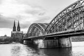 Kolínská katedrála a panorama, Německo