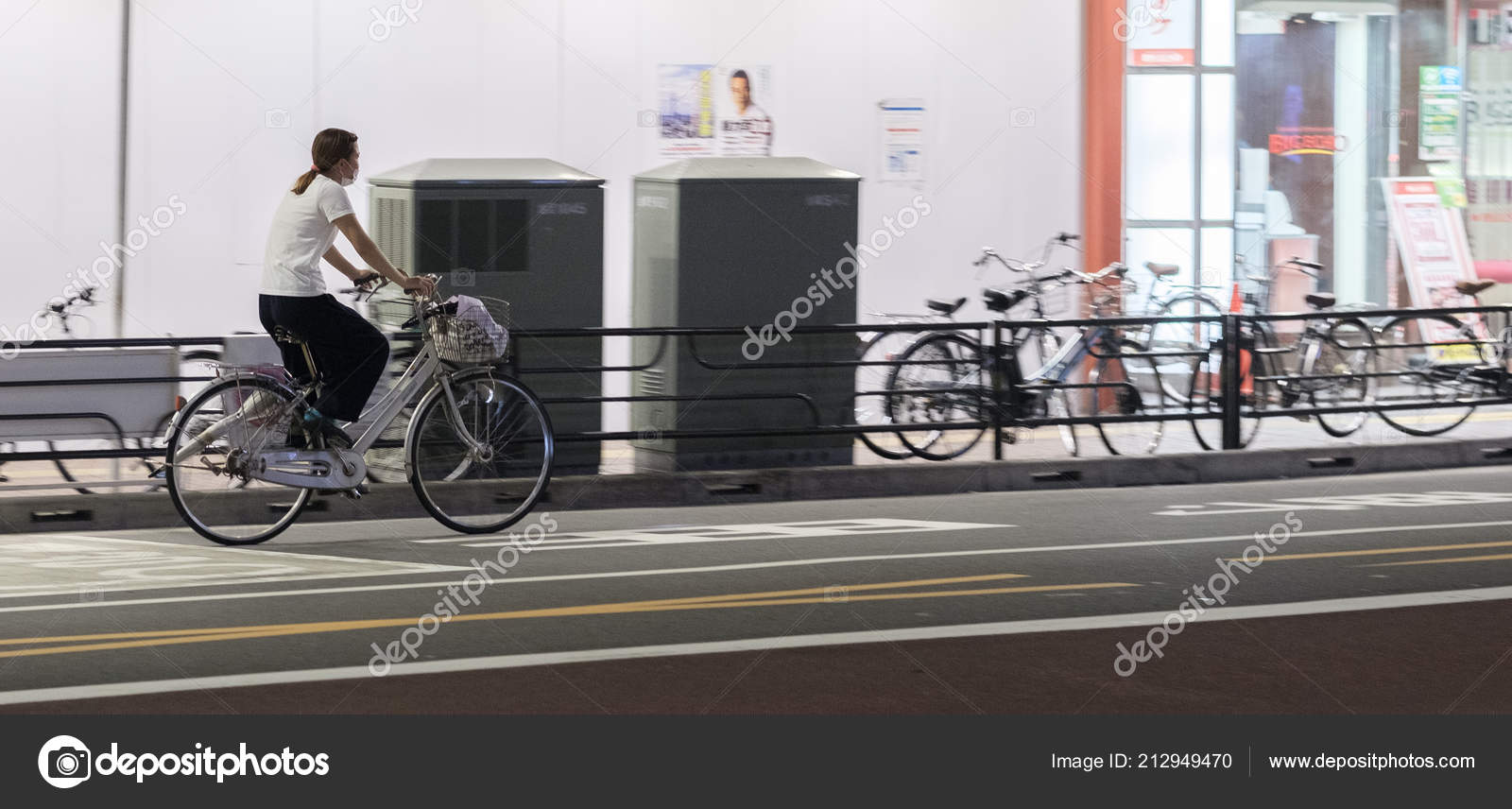 Tokyo Japan August 3rd 2018 Female Japanese Riding Bicyhcle