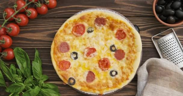 Cinemíček-Pizza. Pohled shora. Fotografie z filmu.