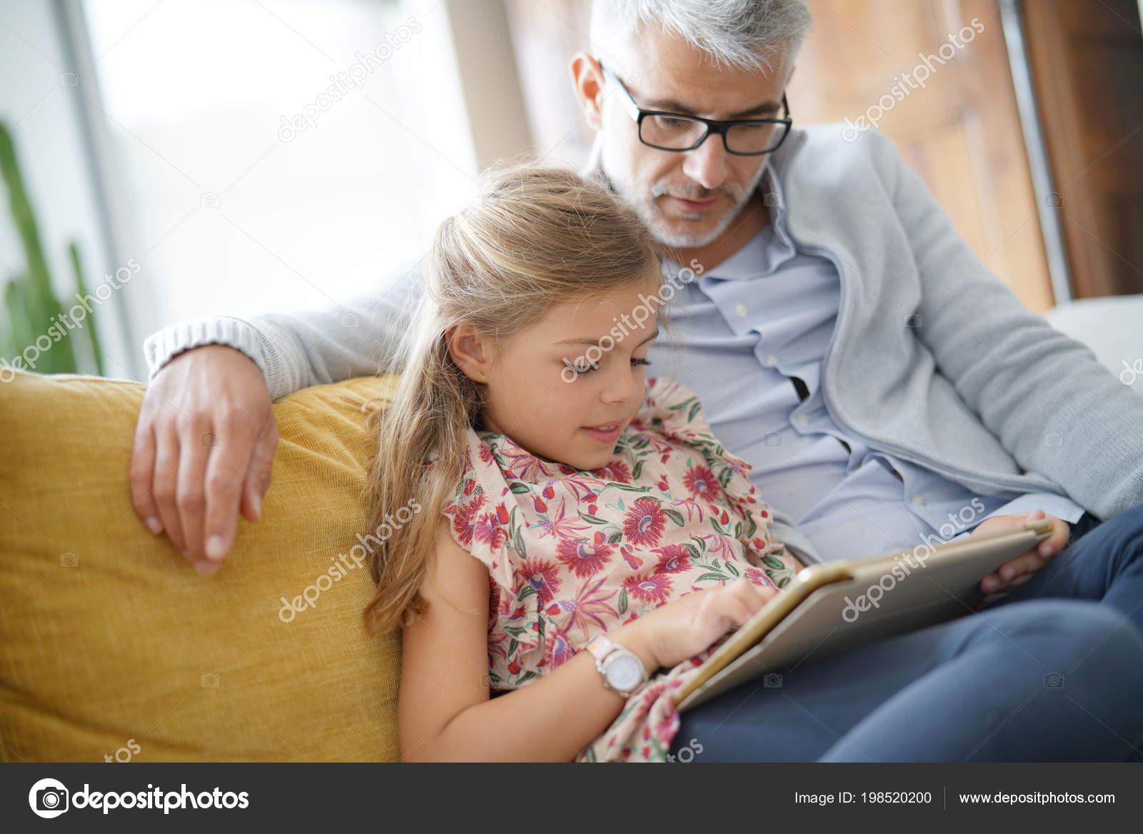 Толстая дочь и отец онлайн, Толстая дочка -видео. Смотреть толстая дочка 18 фотография