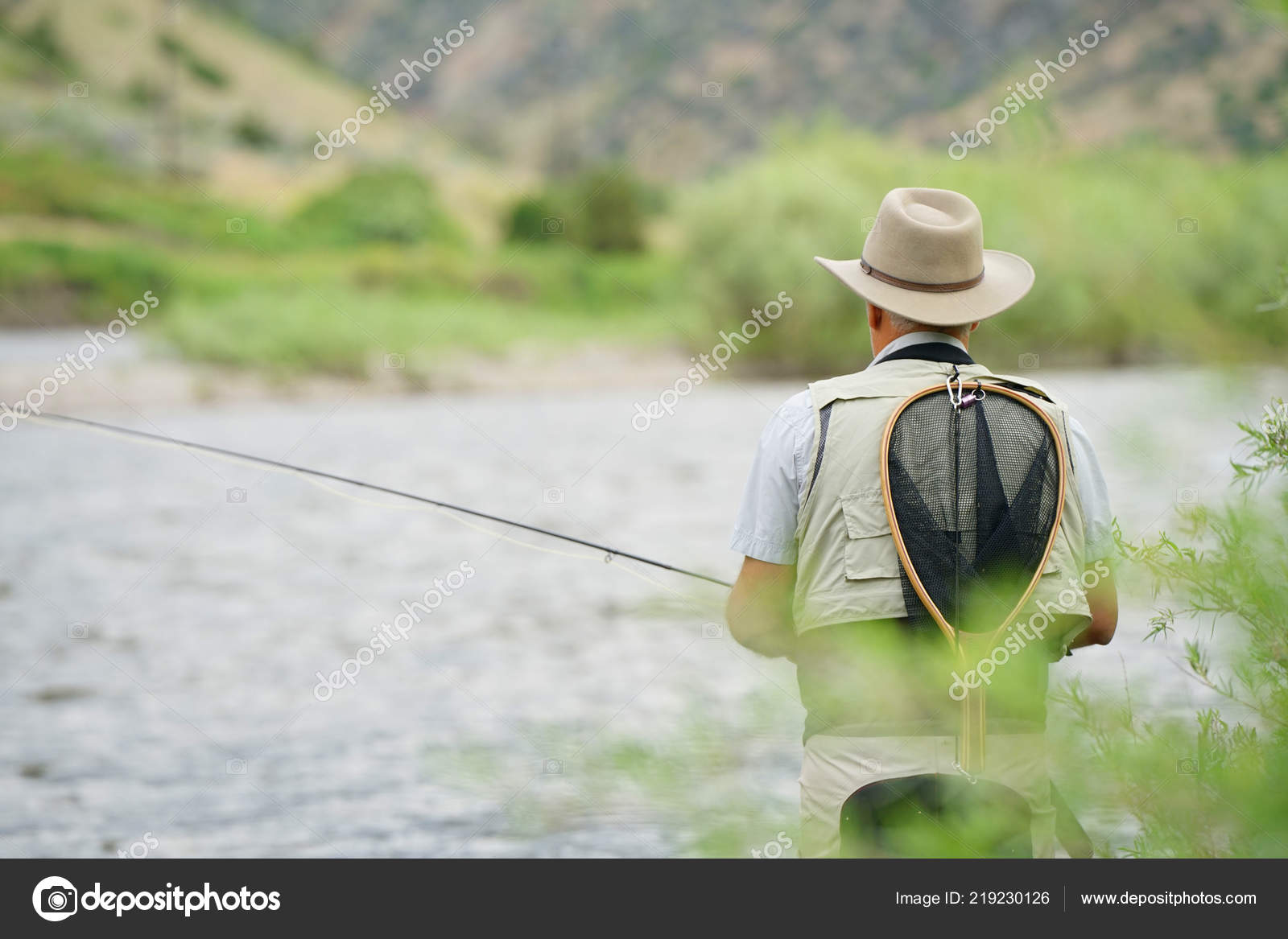 Fisherman Flyfishing River Montana State — Stock Photo