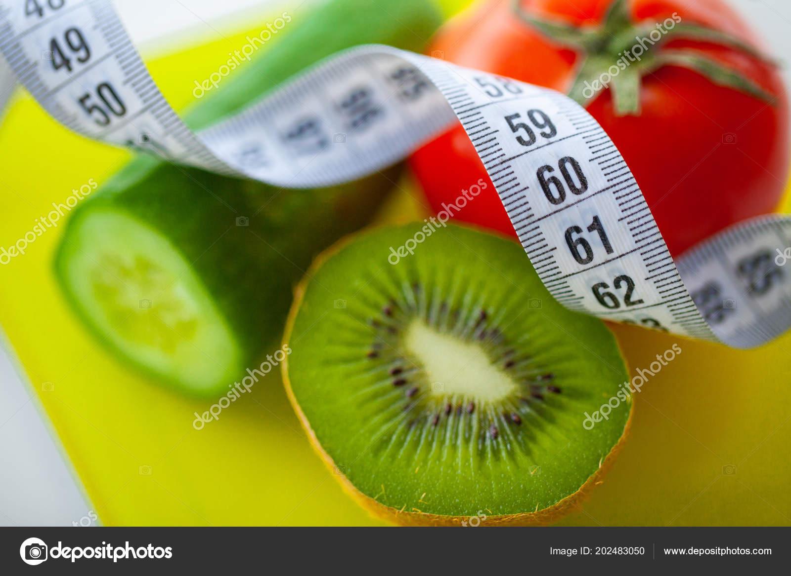 Diat Oder Gewicht Steuerungskonzept Obst Und Gemuse Mit Massband Auf