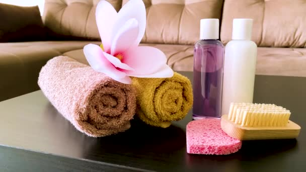 Zuhanykellékek. A gyógyfürdő-kezelések összetétele kozmetikai termékek.
