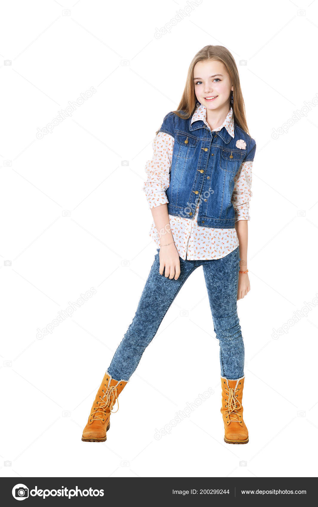 b043d3333b2 Happy Little Girl Jeans Posing Isolated White Background — Stock Photo