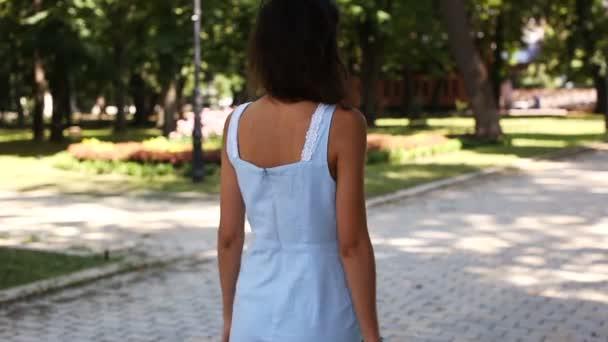 kak-dvigatsya-v-seksa-devushke-video