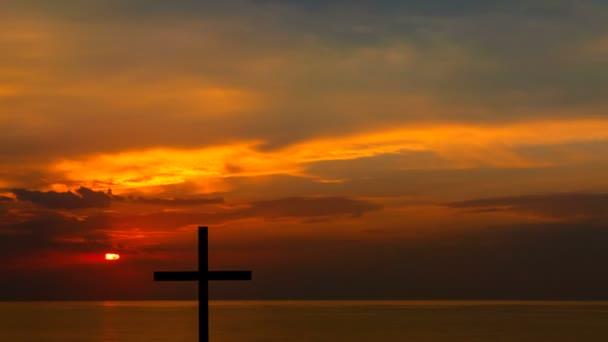 4. a piros, ég a nap, és Christian kereszt. Napkelte-tengerre. Nyers outpoot nélkül, madarak