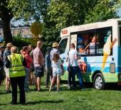Royal svatební atmosféru v Windsor zmrzlina truck van
