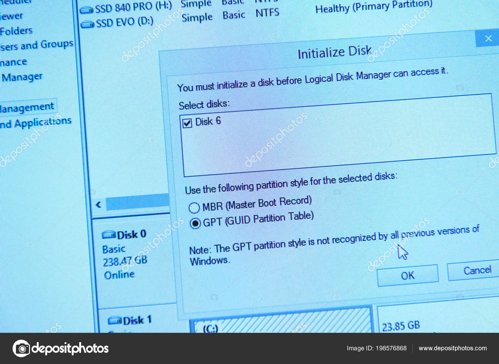 ew hdd hard drive format initialize disk display screen – stock