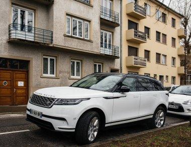 Luxury  white Range Rover Land Rover