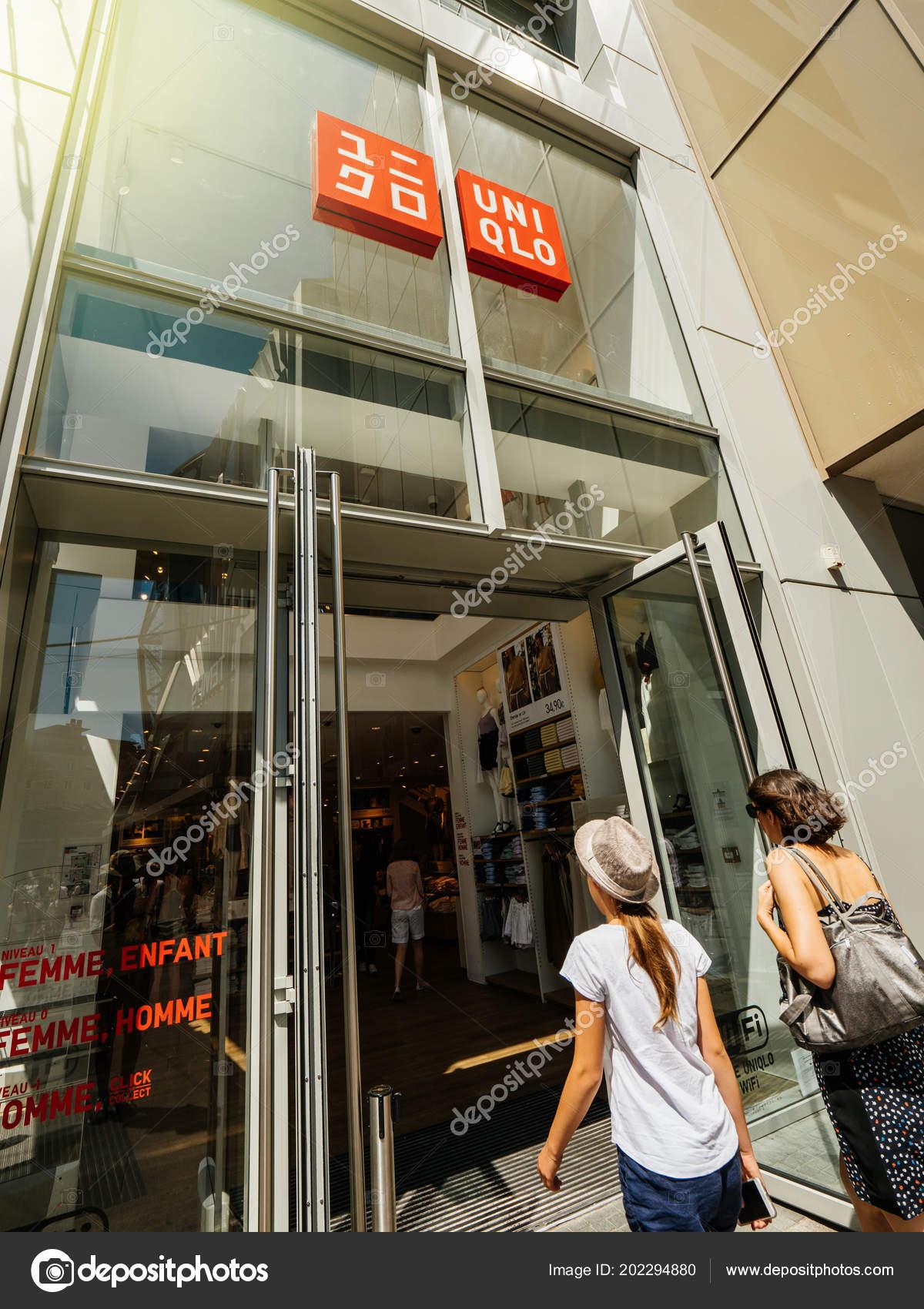uniqlo fashion store in france stock photo