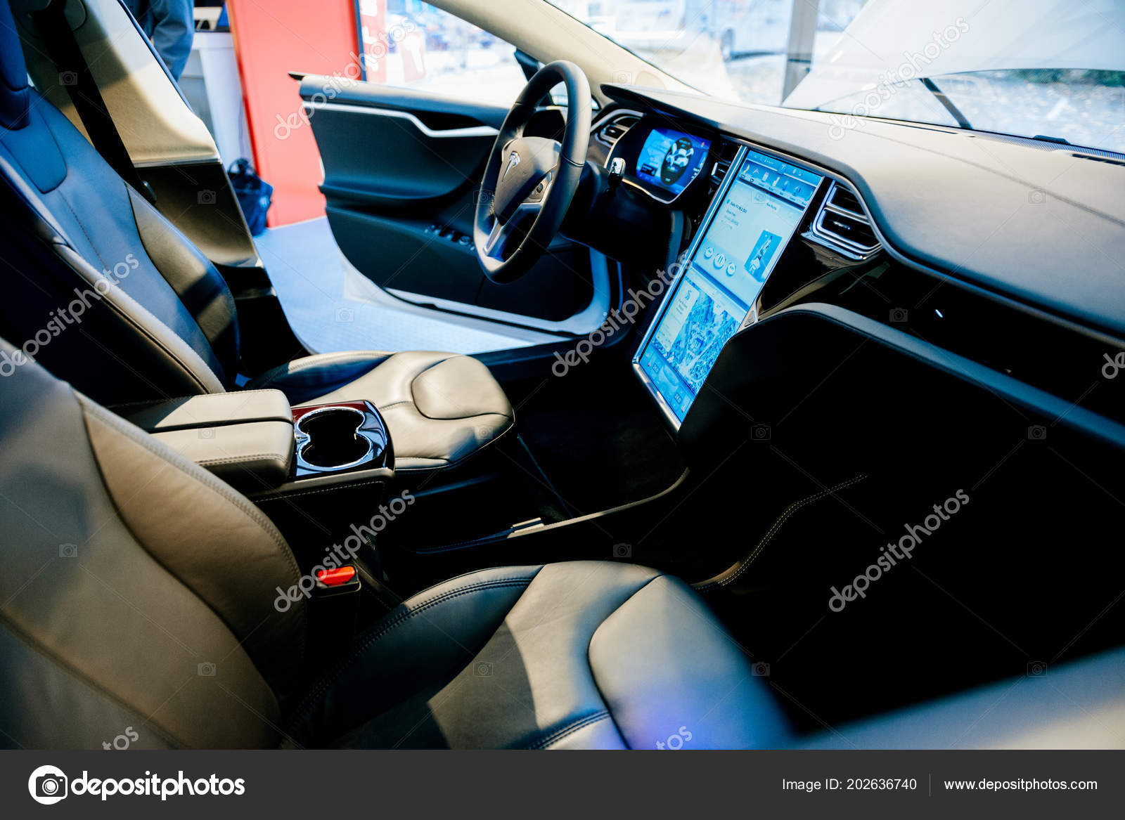 Neue Tesla Model S-Innenarchitektur — Redaktionelles Stockfoto ...