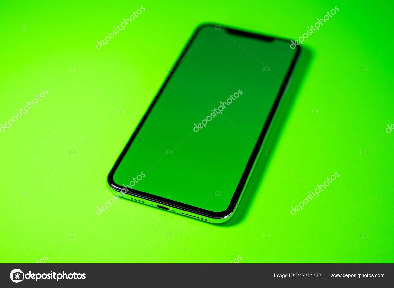 Apple Iphone Xs Max Con Lo Schermo Verde Chiave Di Crominanza Foto