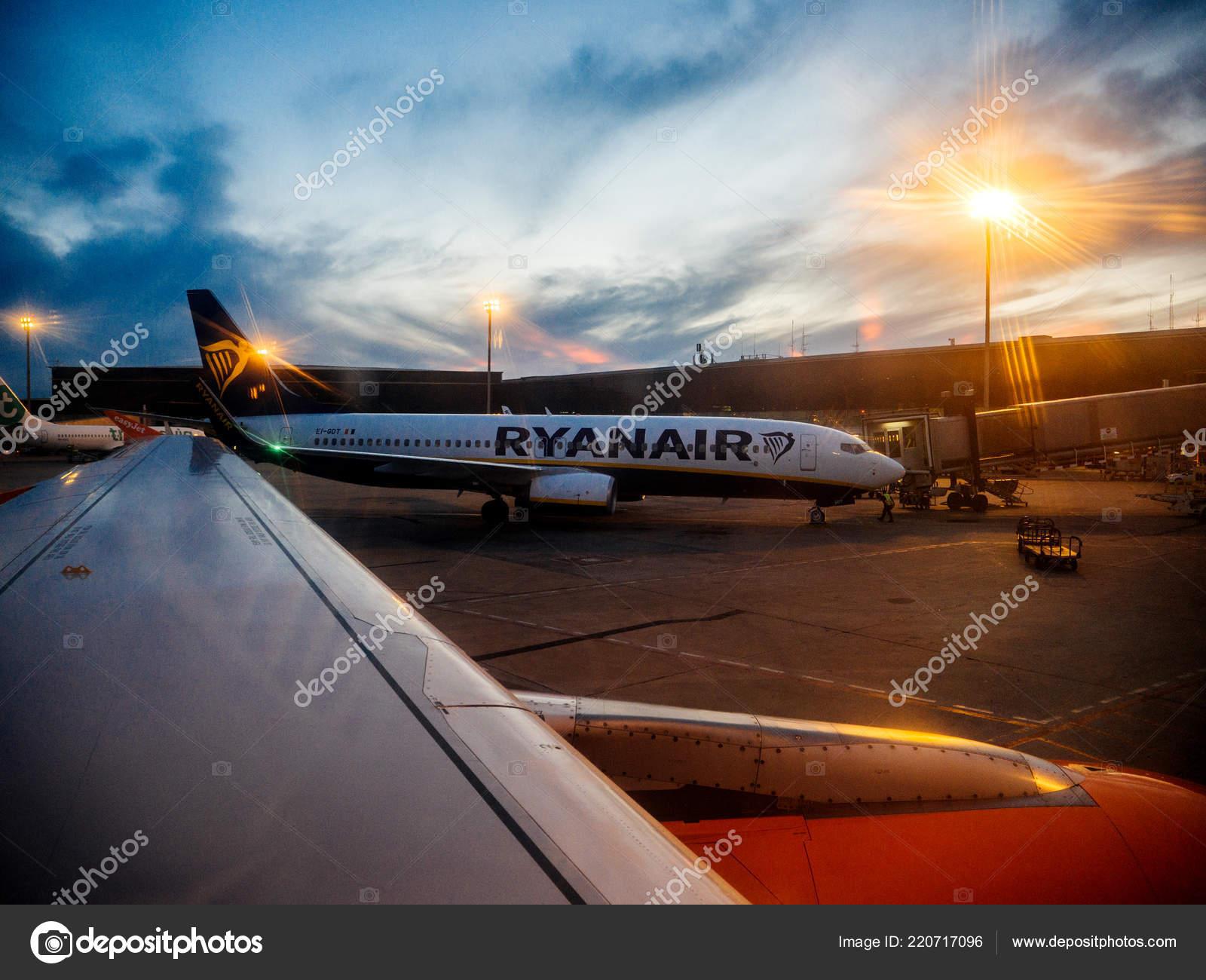 Обои ночь, Boeing 737, Самолёт, b737, tuifly, aircraft. Авиация foto 7
