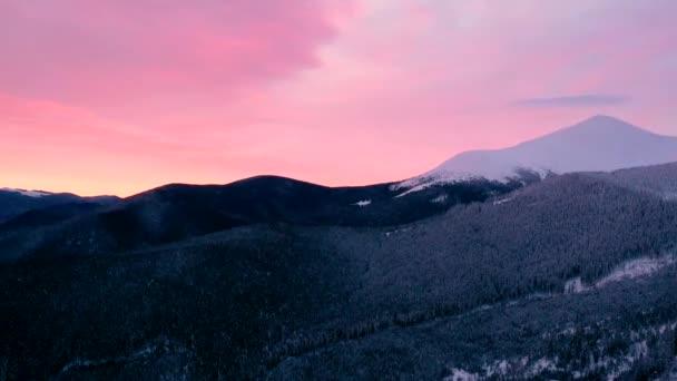 Červené slunce nebe timelapse, krásné oranžové sluneční světlo, přírodní krajina hory, rychlý pohyb dramatické mraky na světlé večerní barvy, žlutá soumraku sluneční světlo, krásy letní pozadí videa
