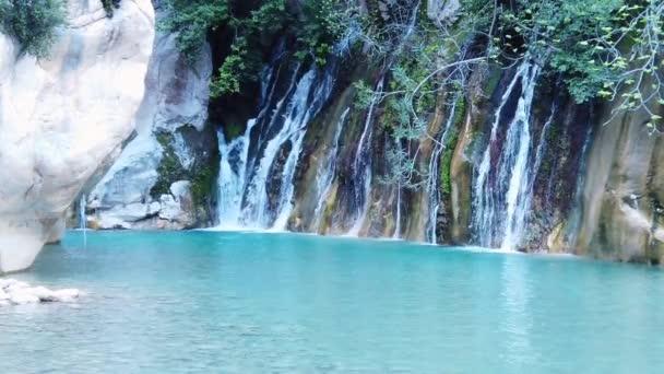 Krocan s vodopádem 4 k 2019
