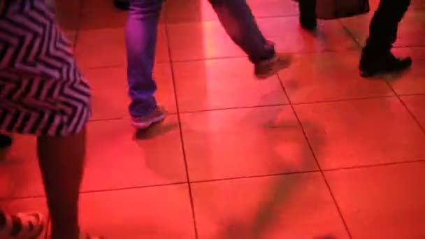 tryaset-platem-trusiki-filmi-gde-vidni-trusiki