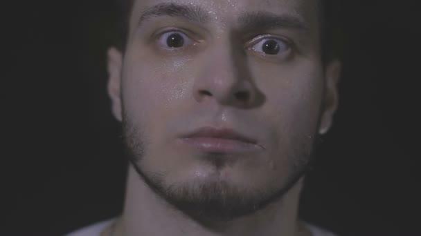 Resultado de imagen para rostro masculino cansado
