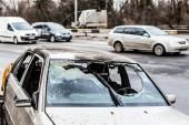 Fényképek Összetört autó szélvédő törött közlekedési baleset