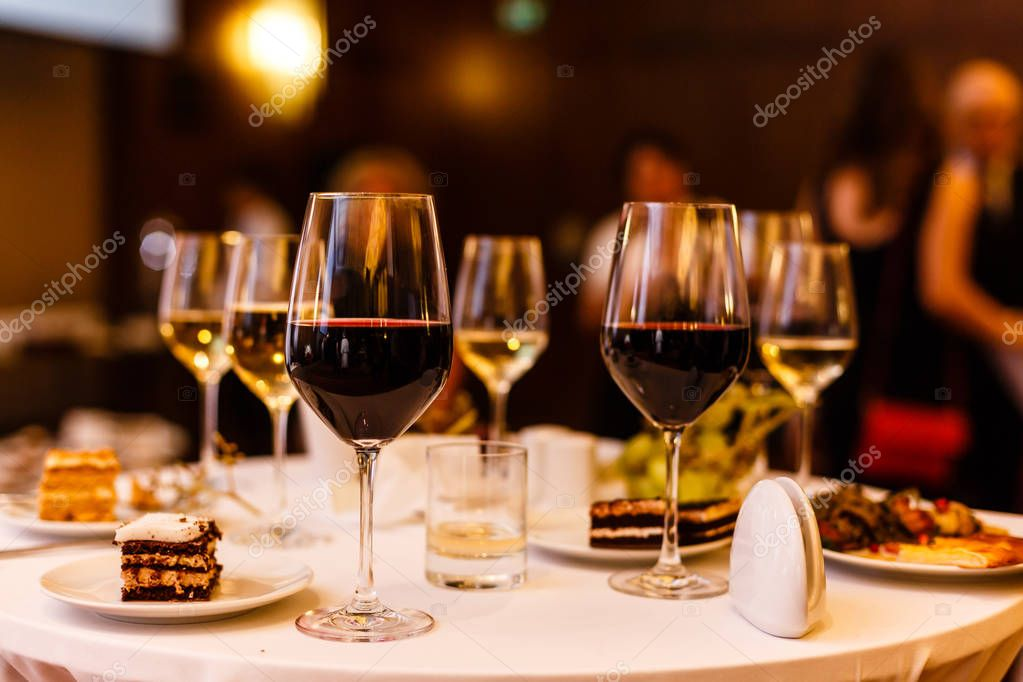 Art wine glasses on the table stock vector