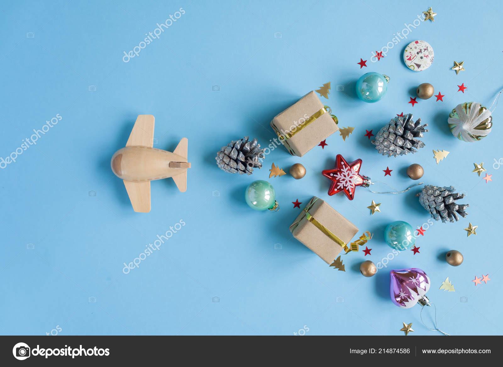 Decorazioni In Legno Per Bambini : Concetto eco piano legno bambini con diversi decorazione natale