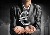 Fotografie Bild der Geschäftsmann im Anzug zu präsentieren, können mehrere Cubes in Form von Euro in seine Hand abgeschnitten. 3D-Rendering