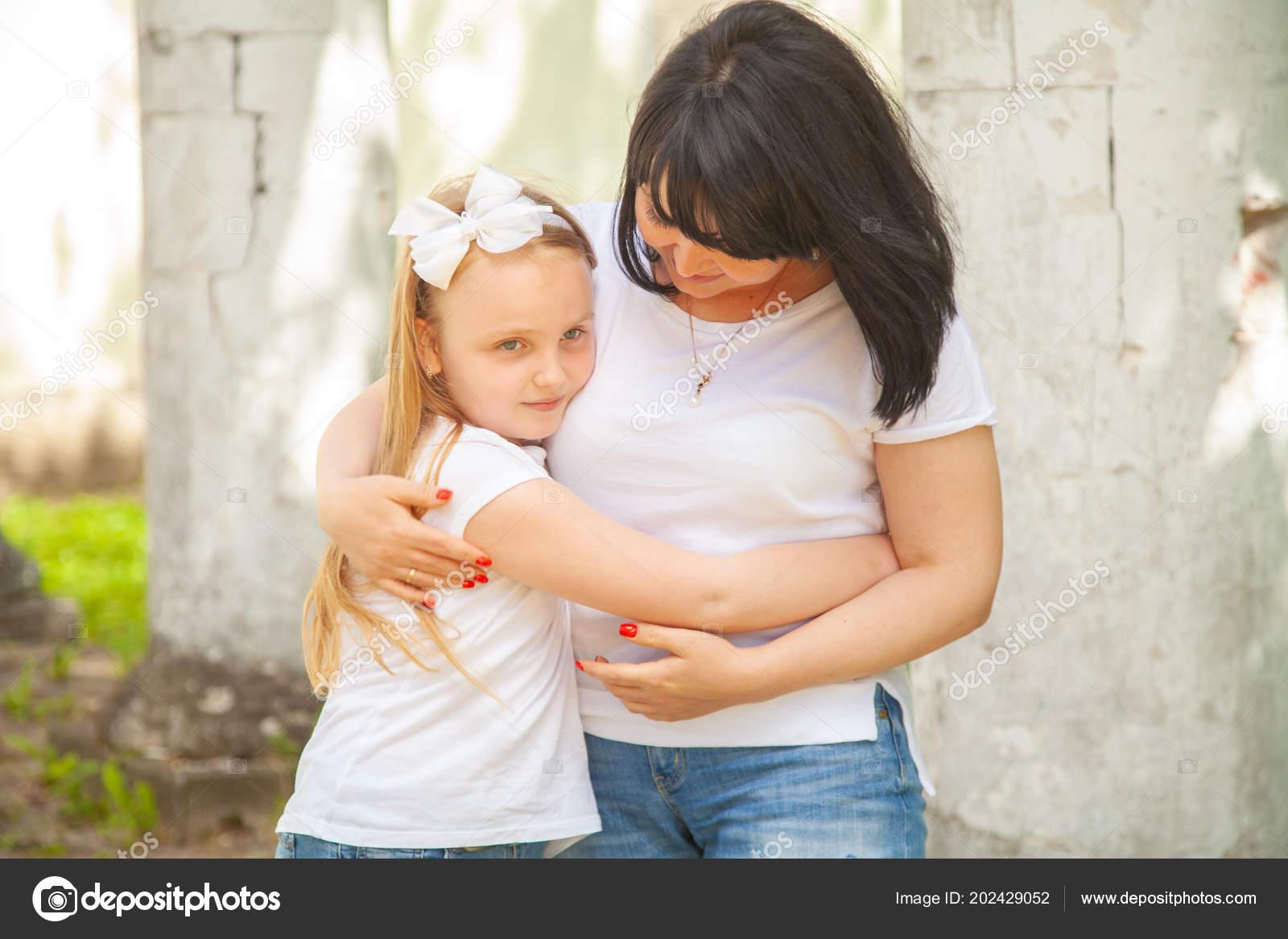 Фото мамы и дочки без лица, Мамы и дочки (19 фото) 22 фотография