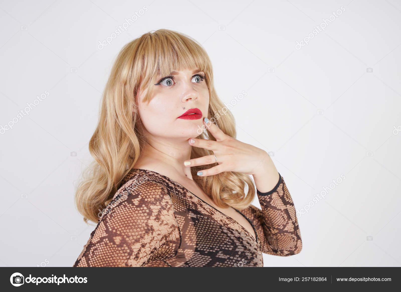 Long hair curvy sex blonde