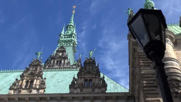 Real-Time: Rathaus (Innenhof) in Hamburg, Deutschland. Das Gebäude war ich 19. Jahrhundert erbaut und ist der Sitz der Regierung von Hamburg und der erste Bürgermeister