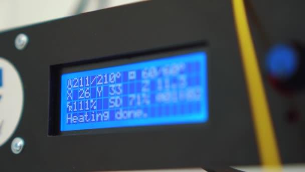 Zobrazení 3D tiskárny v práci