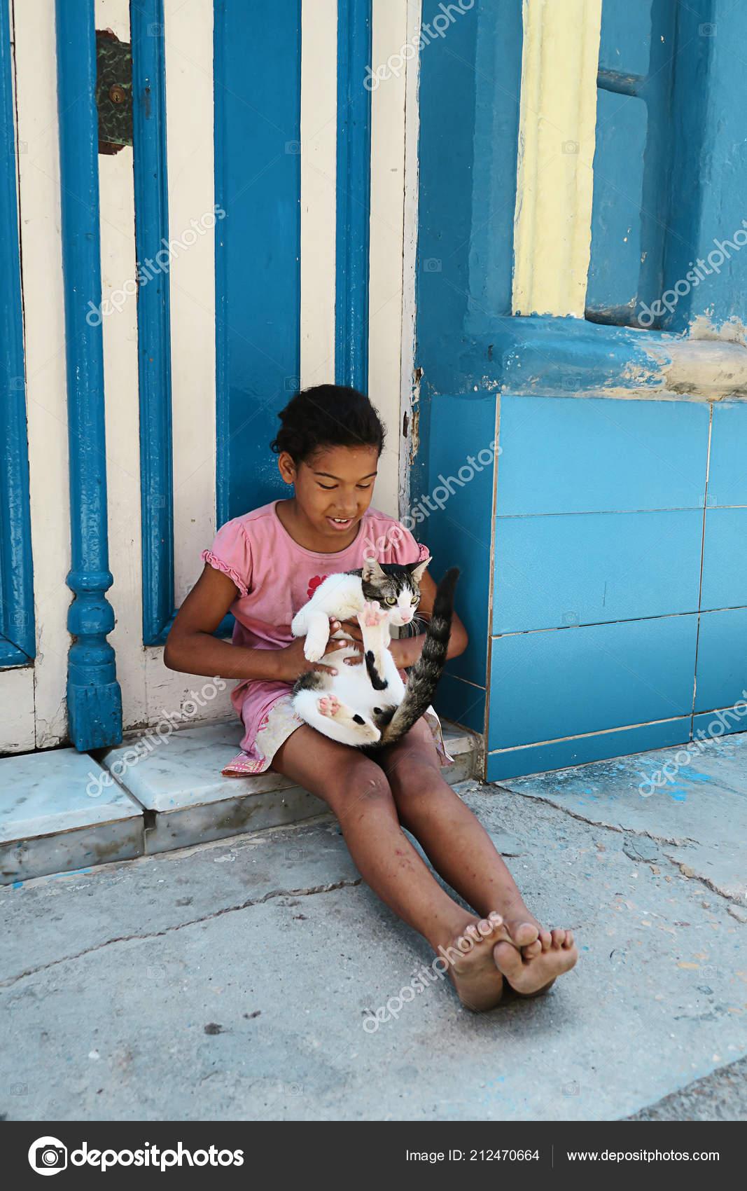 Cuba Havana April 2016 Little Cuban Girl Playing Her Pet Stock