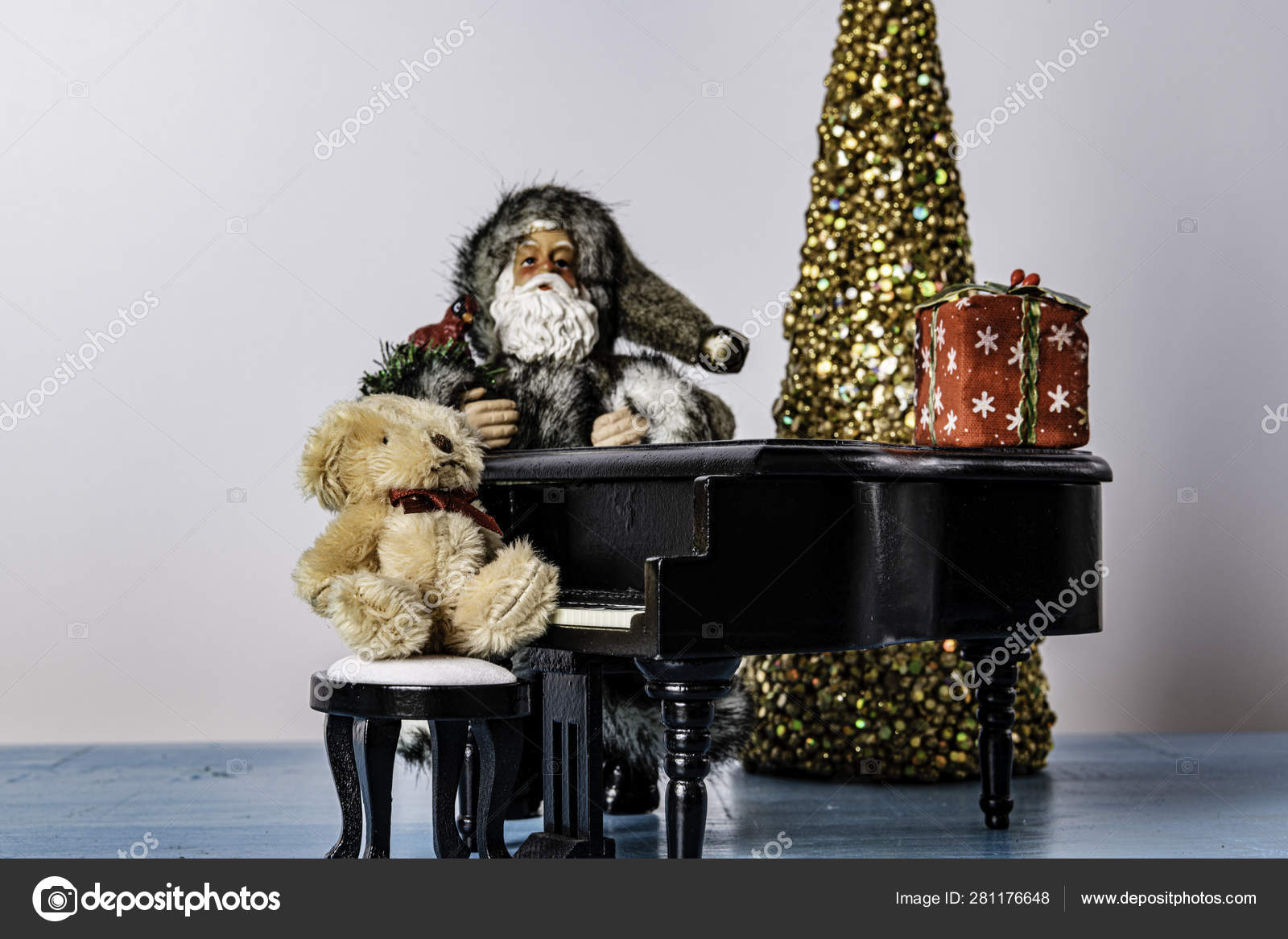 Wondrous Black Baby Grand Piano Stuffed Bear Sitting Bench Grey Clad Alphanode Cool Chair Designs And Ideas Alphanodeonline
