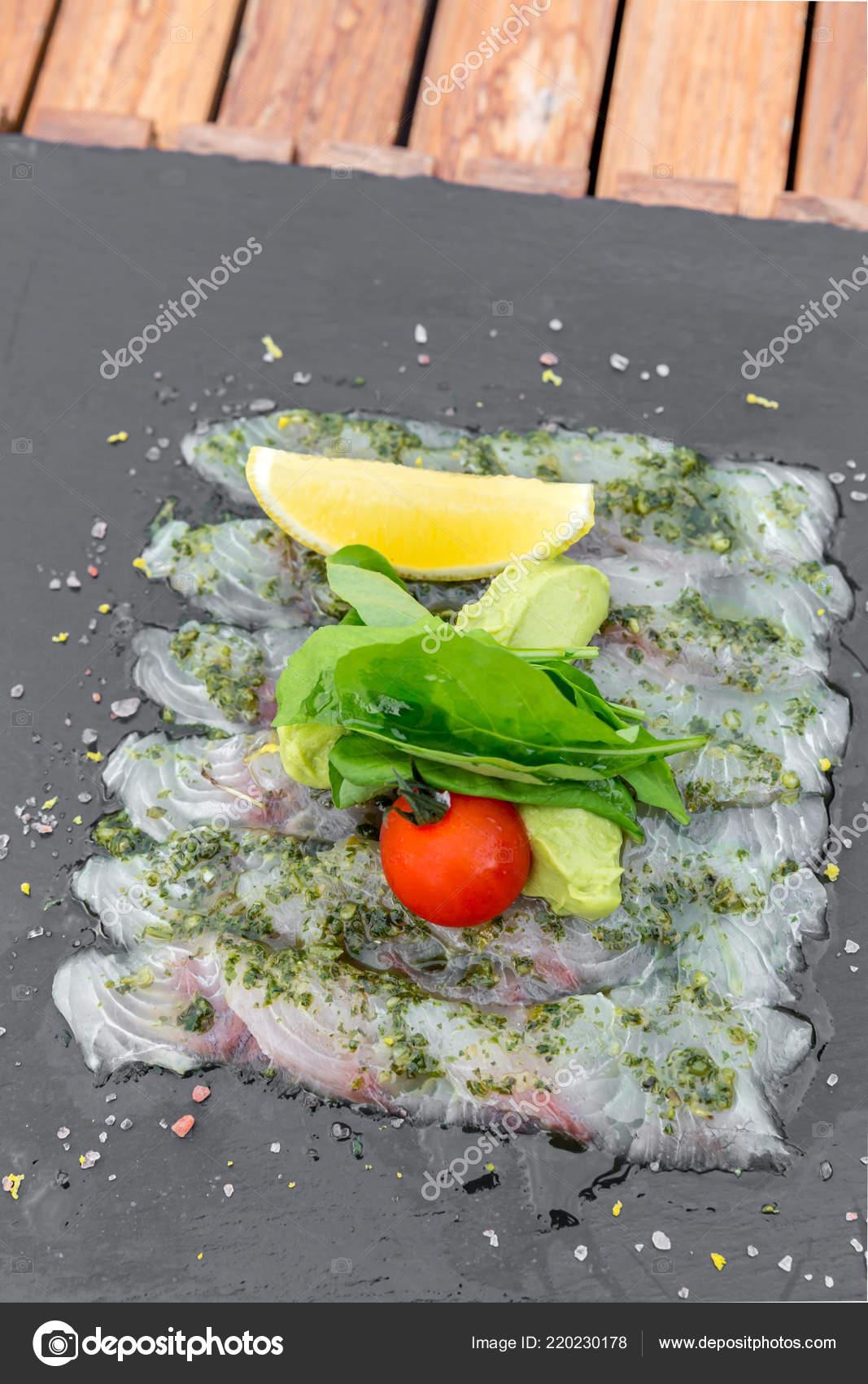 Sashimi Bar Une Cuisine Style Mediterraneen Photographie