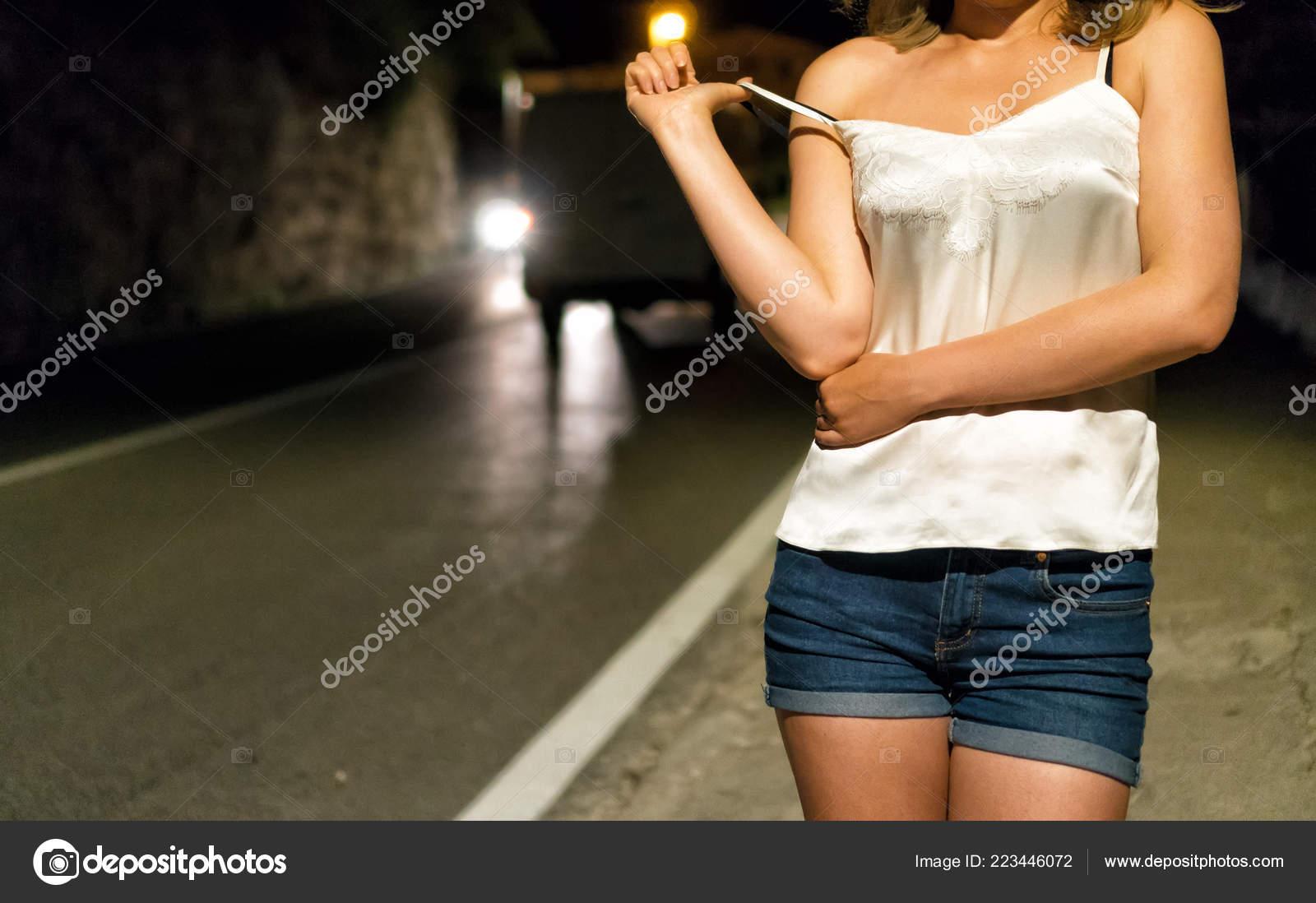 prostitutka-na-ulitse-foto