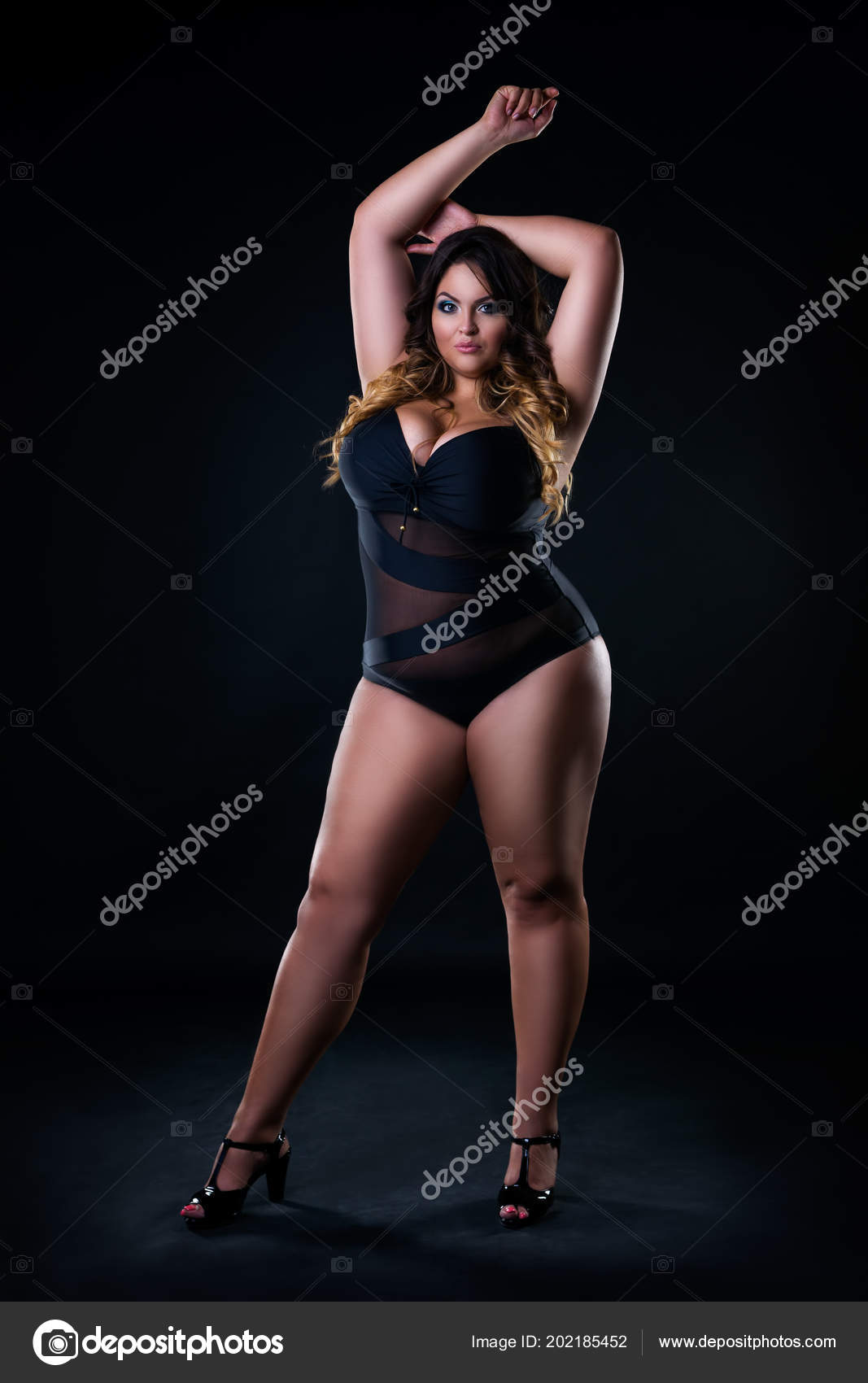 Size Sexy Model Swimsuit Fat Woman Black Studio Background Overweight —  Stock Photo