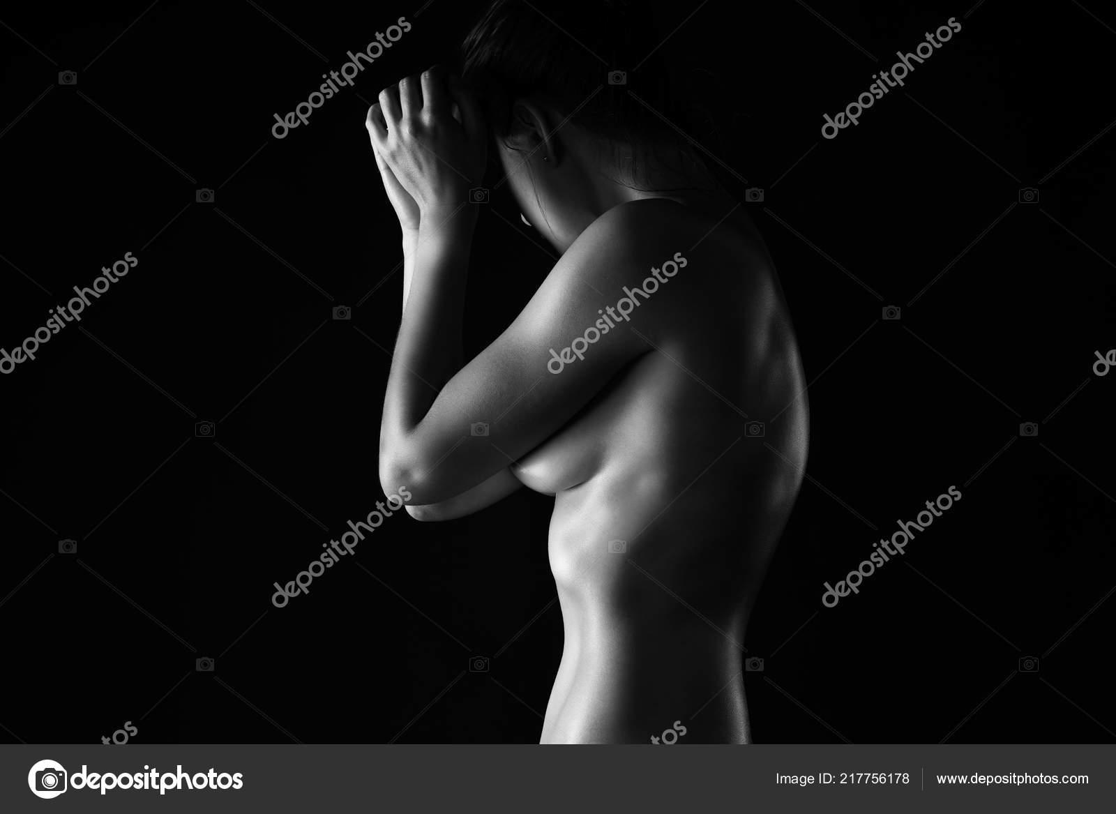 γυμνό μαύρο γυναίκες Πεολειξία φίμωση