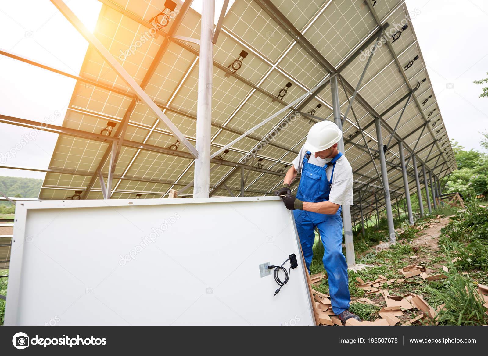 Installation Und Verkabelung Von Stand Alone Solar Photovoltaik ...