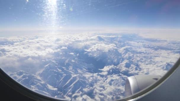 Hlavní Kavkazský hřeben. Rusko, Georgia regionu. Hora Elbrus.