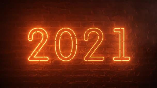 2021 požární oranžové neonové znamení pozadí novoroční koncept. Šťastný Nový rok. Brick pozadí. Blikající světlo