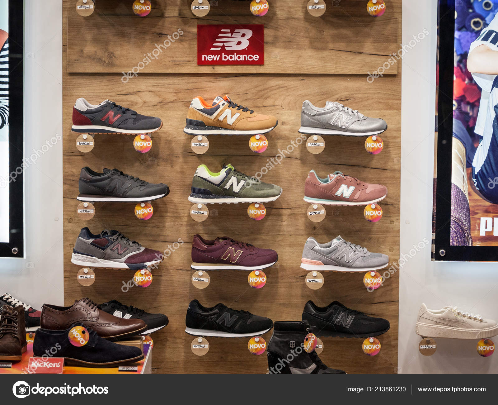 33e7b4cf4 Belgrade Serbia September 2018 New Balance Logo Sneakers Display Window —  Stock Photo