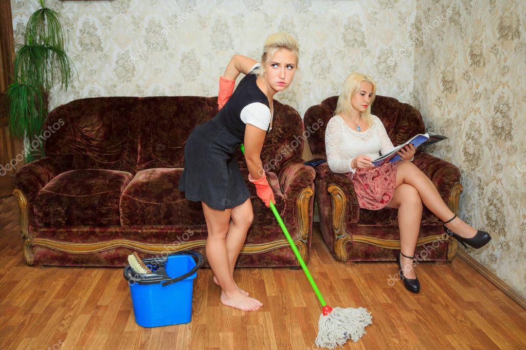 Секс с злая хозяйка москва