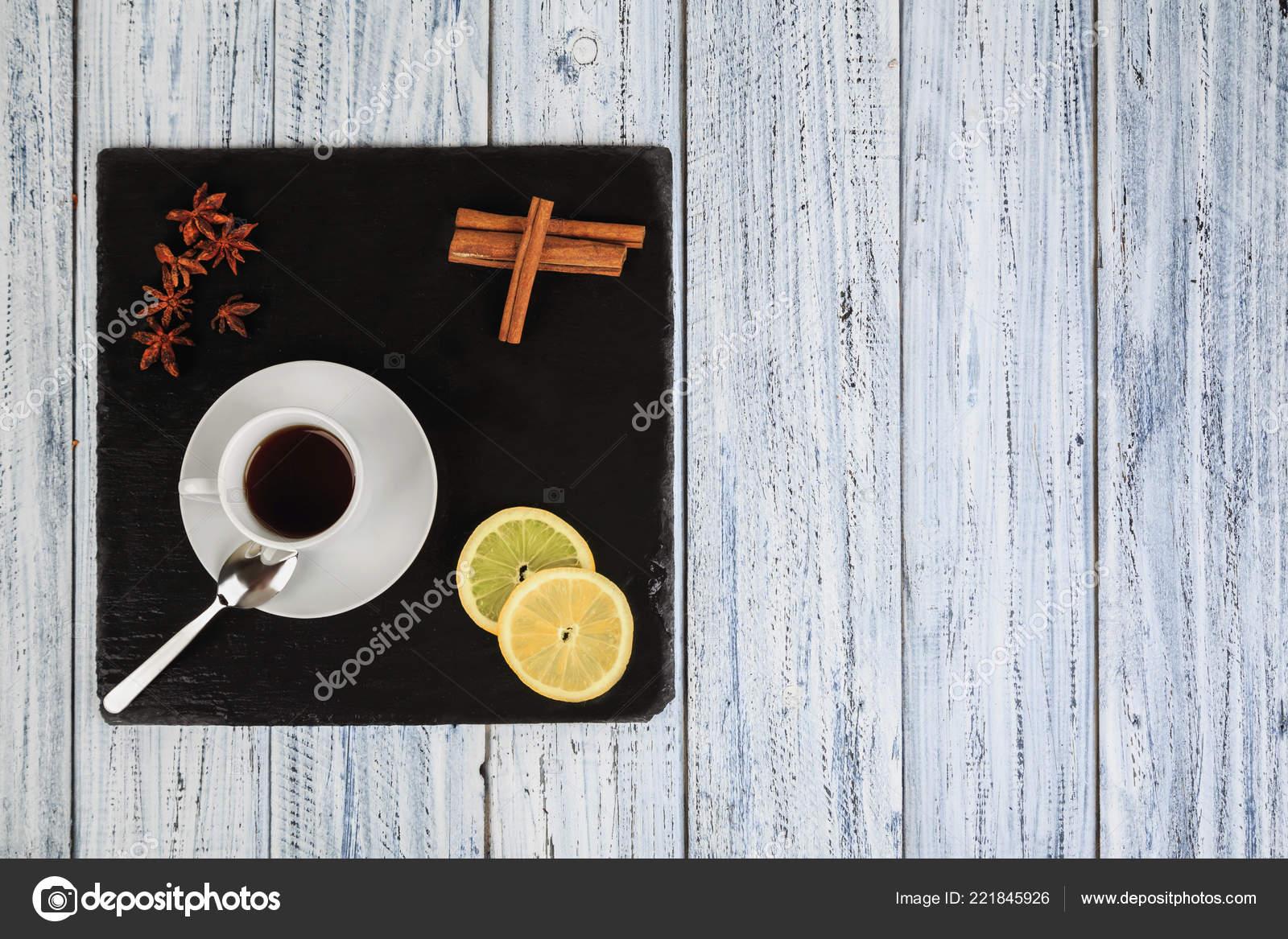 Pour La Soiree D Hiver Froid Fleurs De The Citron Cannelle Et
