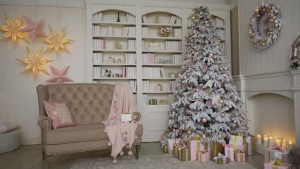 Svátek vánoční. Zábavné, dům s vánoční a silvestrovská dekorace