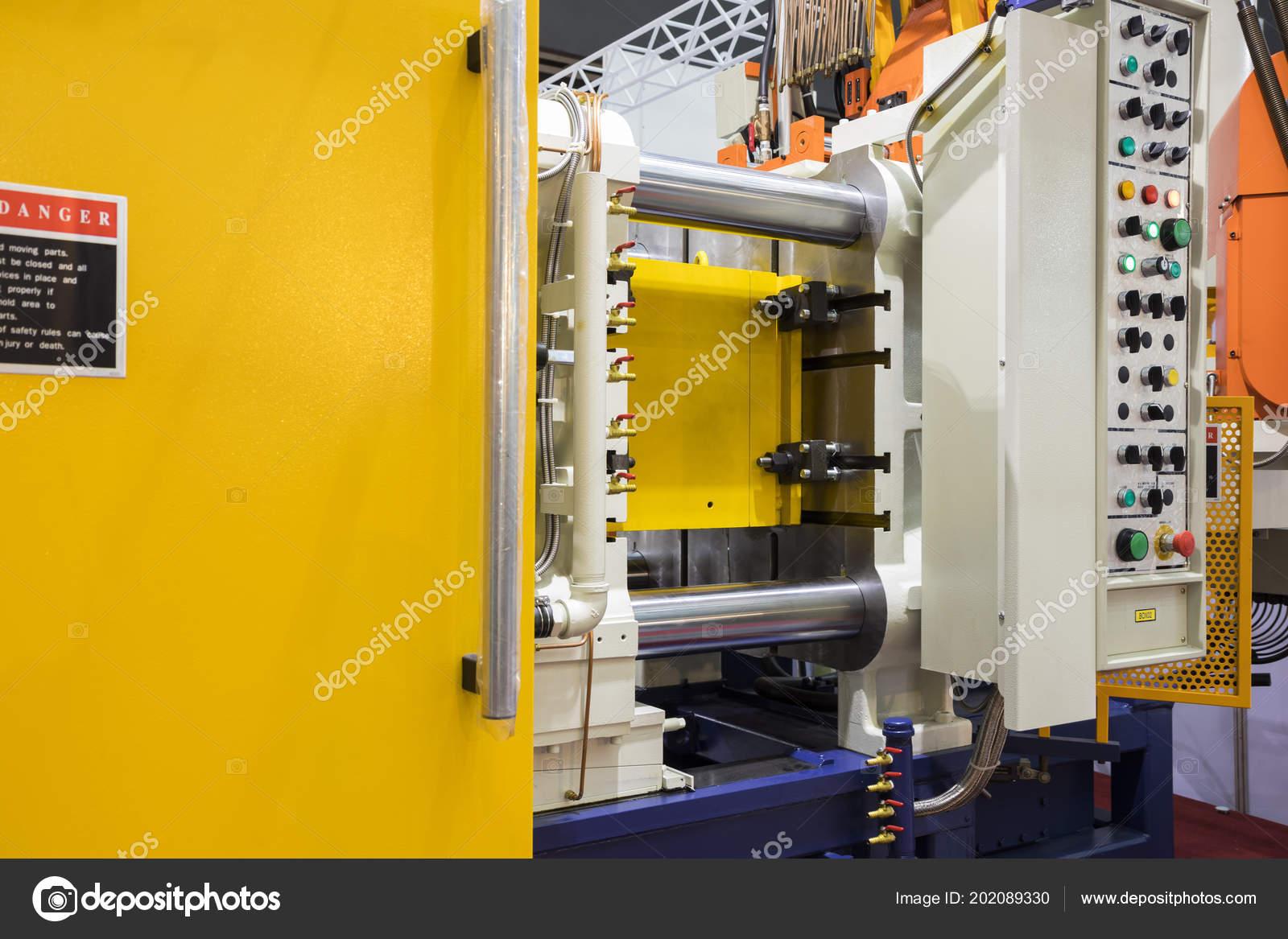Detail Aluminum High Pressure Die Casting Machine — Stock