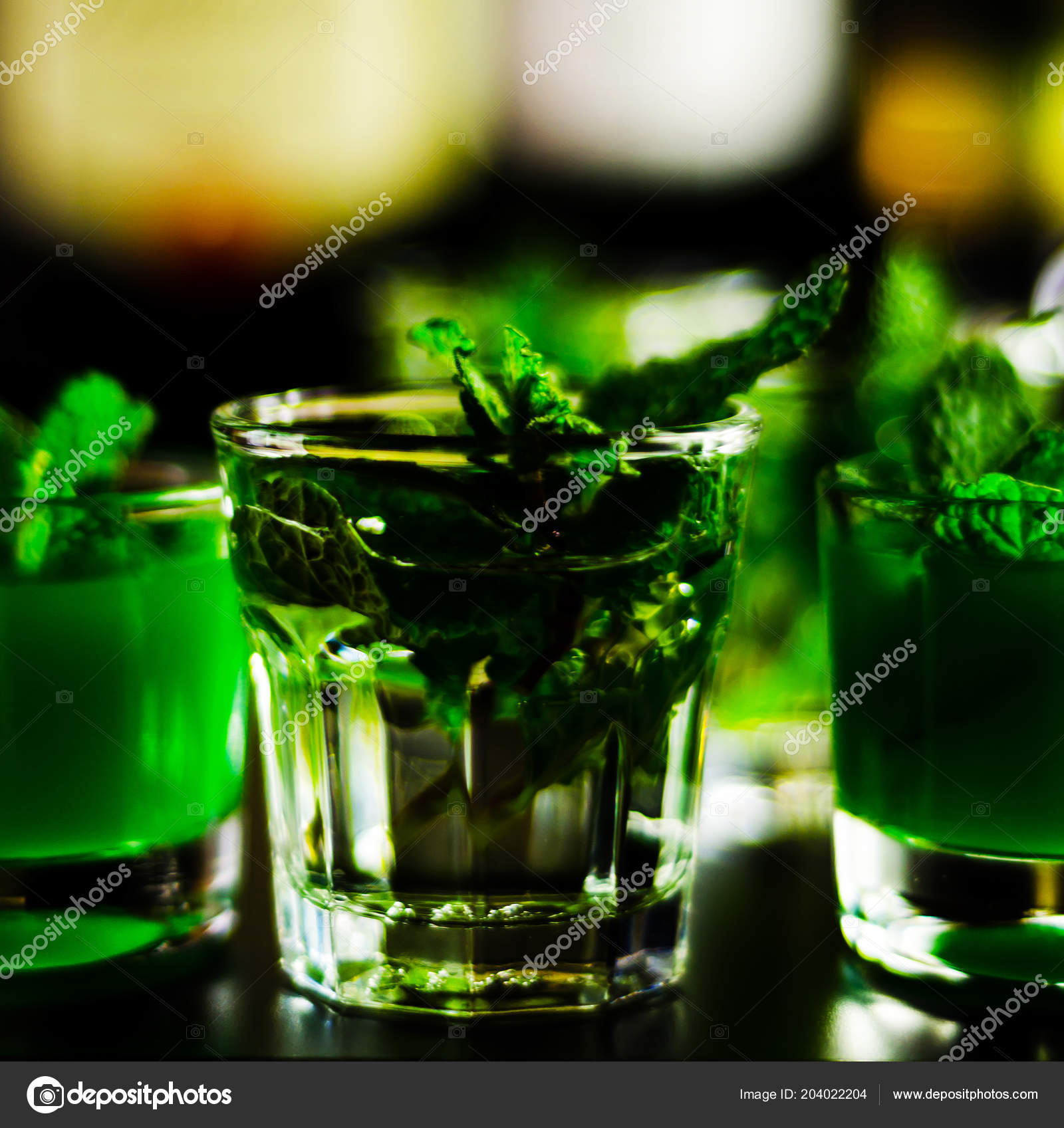 зеленый мятный ликер