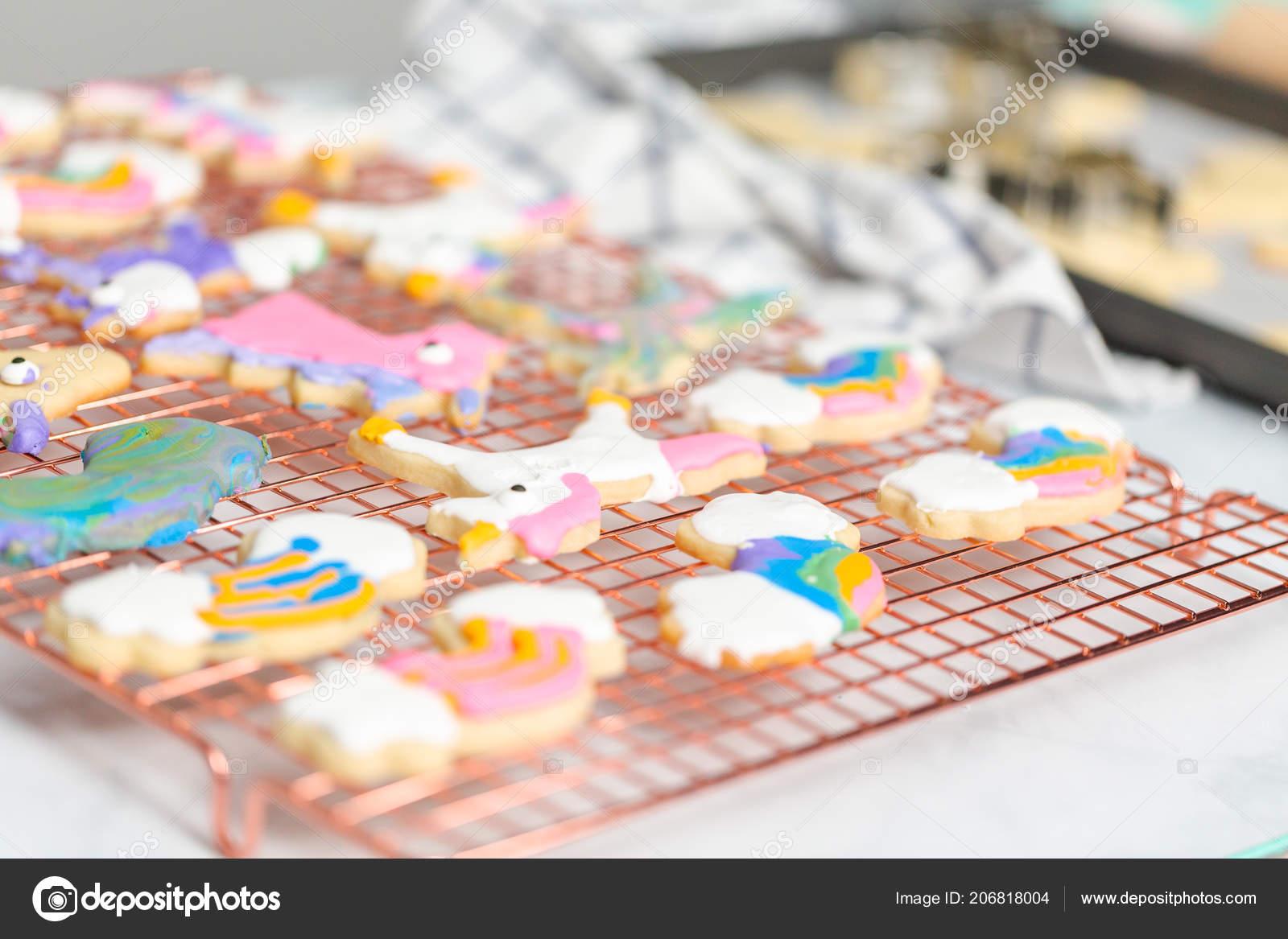Unicornio Forma Galletas Azúcar Decoradas Por Los Niños Con