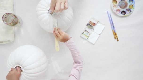 Étape Par Étape Décorer Citrouille Halloween Craft Avec Thème Licorne \u2014  Video
