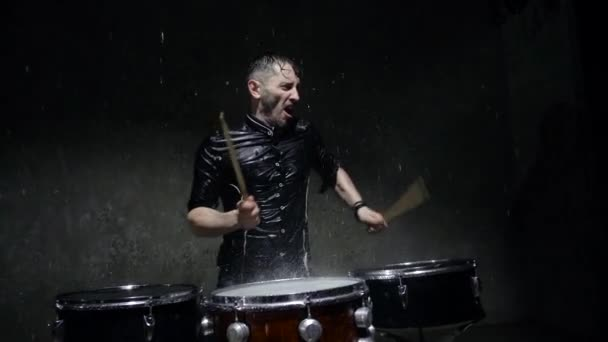 photo shoot crazy drummer in the rain